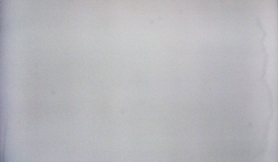 NEC 2690 WUXi 2 Разводы, пятна и неравномерность подсветки