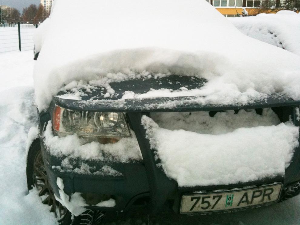 Jeep Grand Cherokee WJ WG in snow Estonia Tallinn 2010